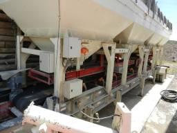 Usina de solos móvel, marca IXON, modelo UCQT5, capacidade 300/500 toneladas hora