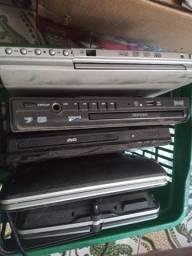 4 aparelhos de dvds funcionando