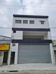 Título do anúncio: Loja Comercial na parte de cima no bairro Bitaru