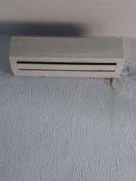 Ar condicionado 12000 BTUs marca Elgin