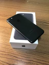 iPhone 7 - 32GB - Seminovo