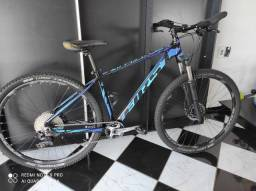 Bicicleta First athymus aro 29 t17 1x11
