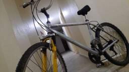 Bicicleta de Alumínio Aro 26