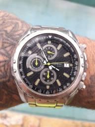 Relógio Guees raro