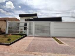 Arniqueira, Casa Alto Padrão com ótima localização no cj 4 próx ao mercado dona de casa