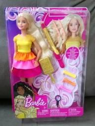 Boneca Barbie Penteados Mágicos