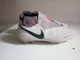 Chuteira Nike Phantom Ghost
