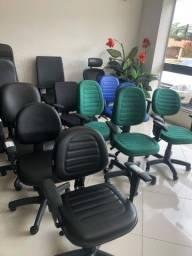 Mesas - cadeiras - armários - para escritório