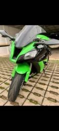 Kawasaki ZX10-R 2012