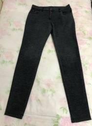 Calça tecido preta | Marca: Zara