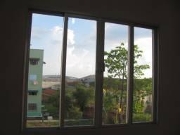 Alugo Apartamento no Conjundo Manoel Julião - Bloco I-04
