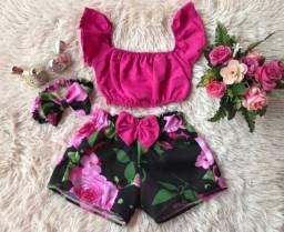 Conjuntos e vestidos infantis