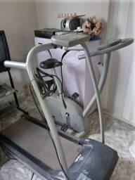 Esteira e bicicleta ergométrica Caloi