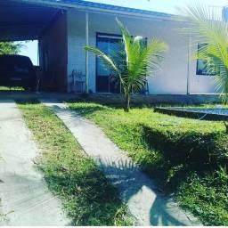 Casa com piscina em Queimados R$150.000