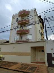 Apartamento próximo ao Shopping Center