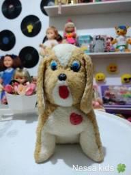 Cachorro pelúcia antigo