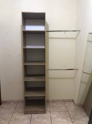 Vendo armário de guardar roupa com arara inclusa