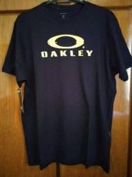 Camiseta Oakley - Nova original