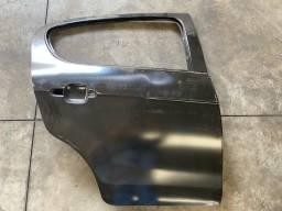 Porta traseira lado direto Fiat palio 2012 até 17