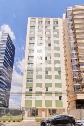 Apartamento para alugar com 3 dormitórios em Agua verde, Curitiba cod:13969001
