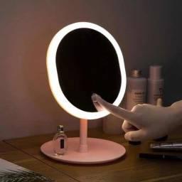*Espelho com luz de led p/maquiagem ajustável