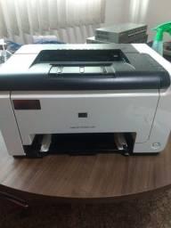 Impressora HP LaserJet Pro CP1025 Colorida