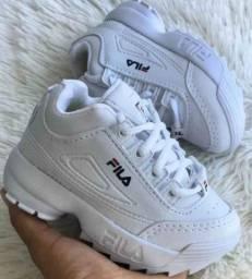 Vendo tênis FILA infantil branco NOVO 60 reais