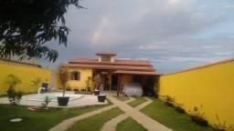Linda casa com piscina e churrasqueira em São Pedro da Aldeia!