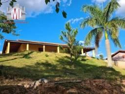 Ch0947 - Linda chácara com 3 quartos, pomar, piscina, à venda, 1000 m² em Pinhalzinho/SP