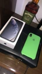 iPhone XR . ( Aceito cartão )