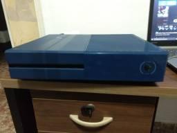Xbox One fat, 1tb, edição Forza MotorSport 6