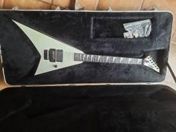 Guitarra Jackson RR24 Made in Japan