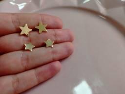 Duo de brincos de estrelas