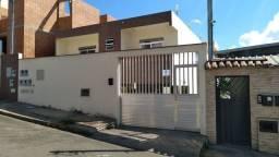 Belo Apartamento de 3 quartos com garagem a Prox. UFHF