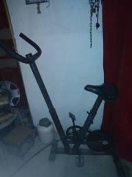 Título do anúncio: Bicicleta de exercícios