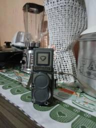 Camera antiga rolleiflex usada