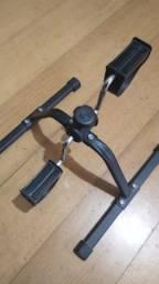 Mini bicicleta ergométrica pouco usada