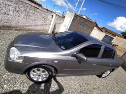 Vendo astra sedan ano 2004 carro completo