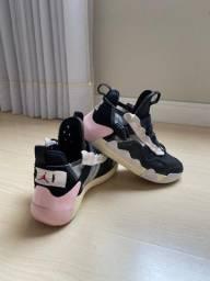 Air Jordan - Tênis de Basquete Nº 40