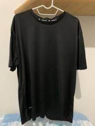 Bazar camisetas masculinas M e G