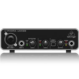 Interface De Áudio Behringer U-phoria Umc22 live home studio