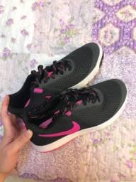 Tênis Nike Running feminino 36