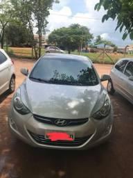 Carro Elantra Hyundai - 2012