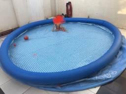Piscina inflável intex 5300 litros
