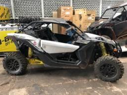 Vendo Quadriciclo SSV X3 Turbo ! Maverick - 2018