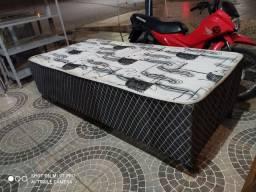 Box solteiro peça de exposição nova no Pregão 2 Irmãos