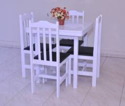 Mesa Pop C/4 Cadeiras Estofadas 90x90 Branca