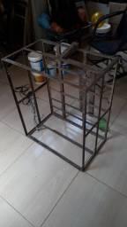 Caixote de ferro, ideia para carregar água mineral