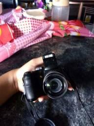 Câmera fotográfica E.G seminova