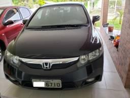 Honda Civic EXS (Top de linha)